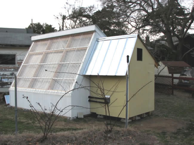 solar tank for greenhouse